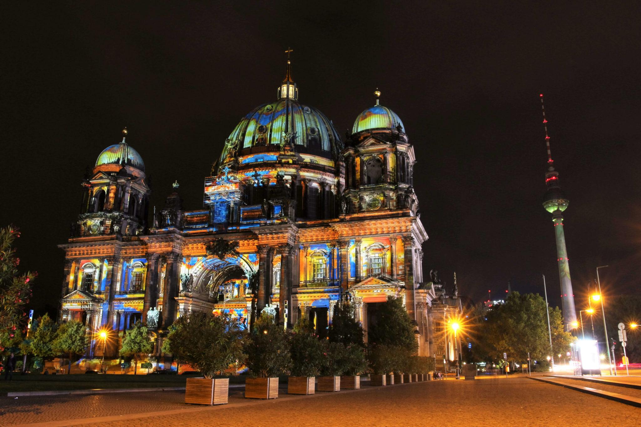 Festival of Lights: Berliner Dom und Fernsehturm